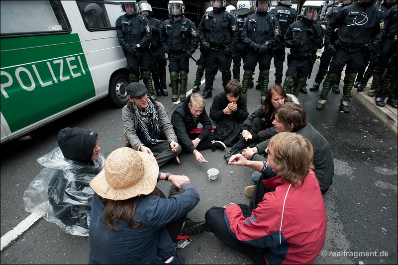Blockupy Frankfurt: Blockade, Aktion, Demonstration