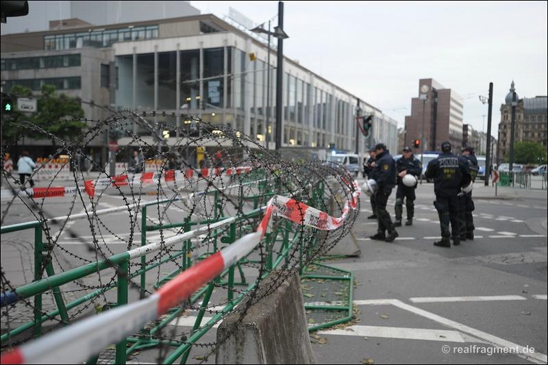 Blockupy Frankfurt: Blockade, Aktion, Demonstration