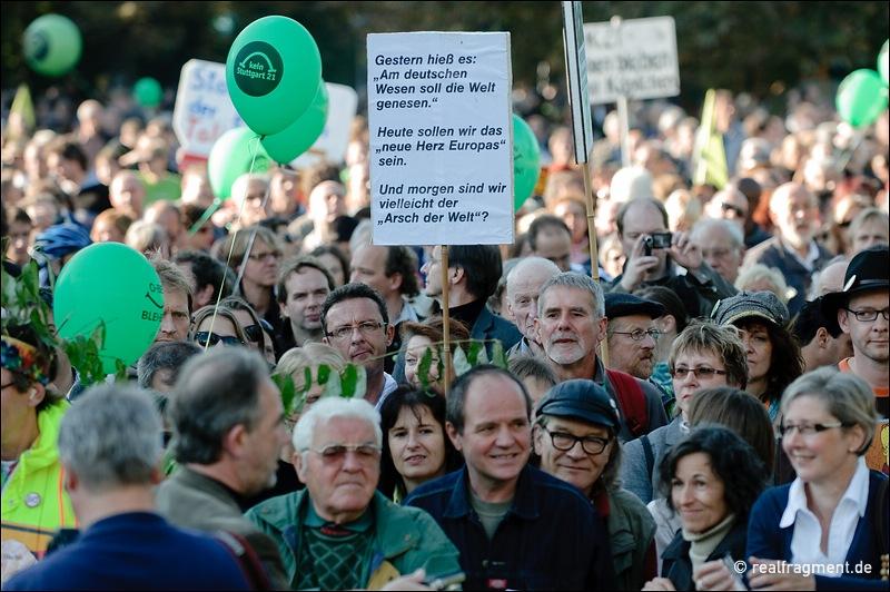 Erneut zehntausende gegen Stuttgart 21 auf der Straße