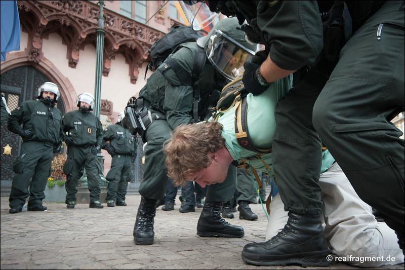Blockupy FFM: Fortgesetzter Ausnahmezustand