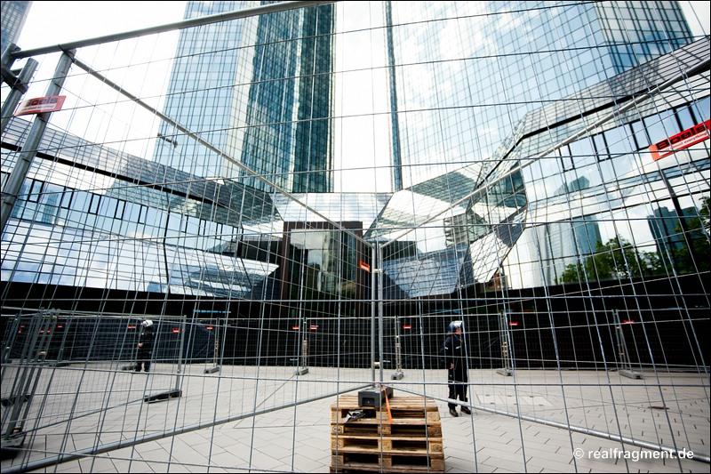 Blockupy FFM: Über 20.000 gegen Finanzkrisenpolitik