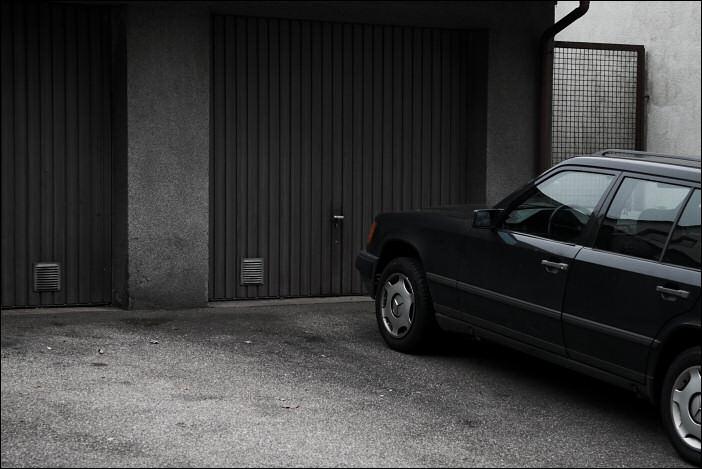 Fahrzeugabstellfläche
